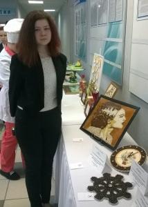 Студентка первого курса гр.ОП-1-15 Потапова Анастасия представила свою работу в номинации Арт класс.